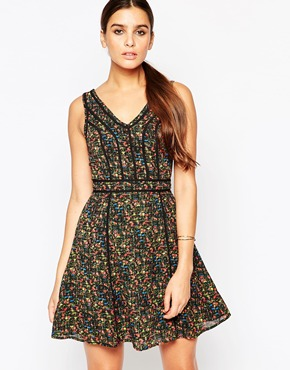 photo Floral Print Dress by Adelyn Rae, color Green - Image 1