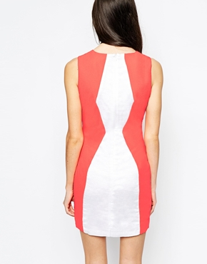 photo Colourblock Dress by Aryn K, color White - Image 2