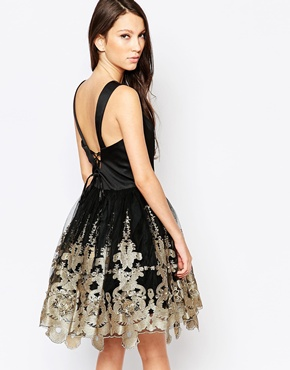 photo Ashley Roberts for Key Collections Majestic Prom dress with Full Skirt, color Black - Image 2