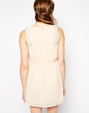 photo Dress with Scallop Lace Trim by Colorblock, color Beige - Image 2