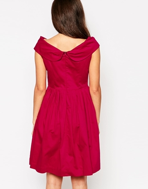 photo Emily & Fin Norma Off The Shoulder Dress, color Red - Image 2