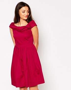 photo Emily & Fin Norma Off The Shoulder Dress, color Red - Image 1