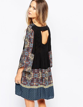 photo Folk Print Shift Dress with Cut Out Back by Hazel, color Black - Image 1