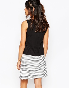 photo Top Bottom Shift Dress with Metallic Stripe by Helene Berman, color Black and White - Image 2