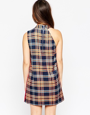 photo Tartan Wrap Dress by House of Holland, color Navy Red - Image 2