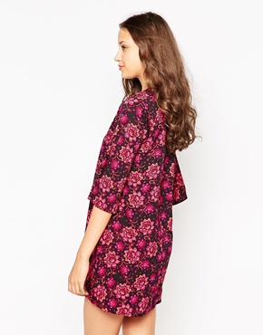photo Flute Sleeve Shift Dress by Influence Tall, color Polly Floral Print - Image 2