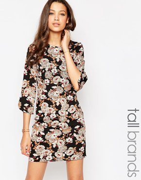 photo Shift Dress with Curve Split On Cuff by Influence Tall, color Autumn Arrangement - Image 1