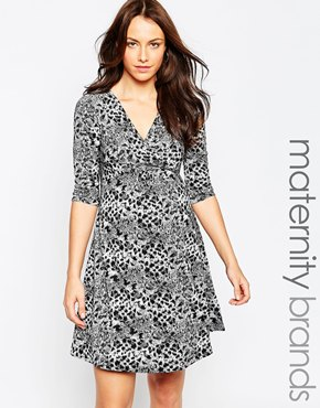 photo Animal Print Jaquard Jersey Maternity Skater Dress by Kate Thomas, color Black White - Image 1