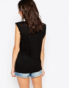 photo Sleeveless Ruffle Jersey Top by Pieces, color Black - Image 2