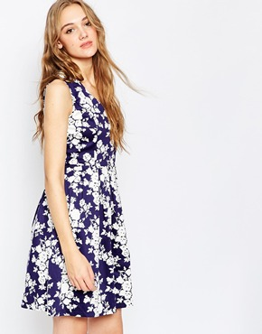 photo Sadirah Fit and Flare Dress by Poppy Lux, color Navy White - Image 1