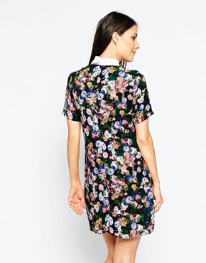 photo Stella Dress with Collar Detail by Poppy Lux, color Black Multi - Image 2