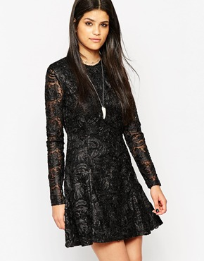 photo Rock & Religion Long Sleeve Lace Skater Dress with High Neck, color Black - Image 1
