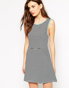 photo Rock & Religion Sleeveless Striped Skater Dress with Piped Detail, color Black White - Image 1