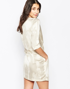 photo Wrap Front Dress in Distressed Dogtooth Print by See U Soon, color Beige - Image 2