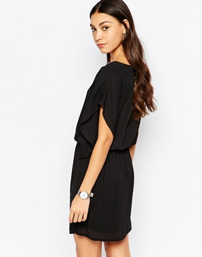 photo Batwing Dress by Soaked in Luxury, color Black - Image 2