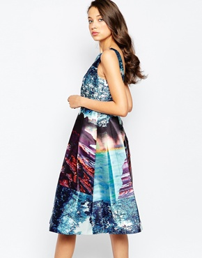photo Alba Dress with Full Skirt In Landscape Print by STUDIO 75 Tall, color Multi - Image 2