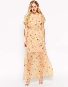 photo Ditsy Maxi Dress with Cape Detail by Style London, color Peach - Image 1