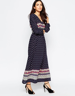 photo Tea Maxi Dress In Boarder Print by Style London, color Navy - Image 1