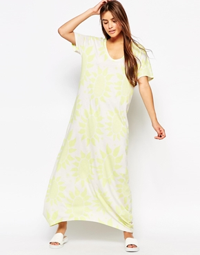 photo Kabuki Floral Tunic Dress by The Furies, color White - Image 1