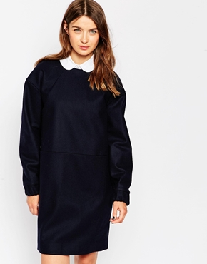 photo Oversized Navy Dress by Wood Wood, color Navy - Image 1