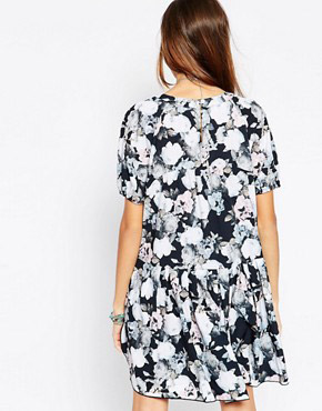 photo Floral Smock Dress by d.RA, color Floral Print - Image 2
