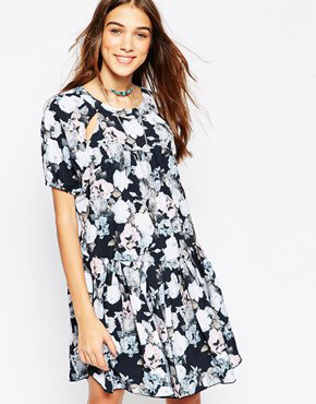 photo Floral Smock Dress by d.RA, color Floral Print - Image 1