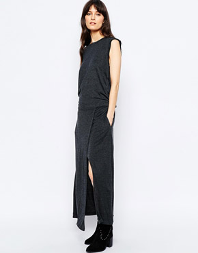 photo Gregor Relaxed Midi Dress by d.RA, color Charcoal - Image 1