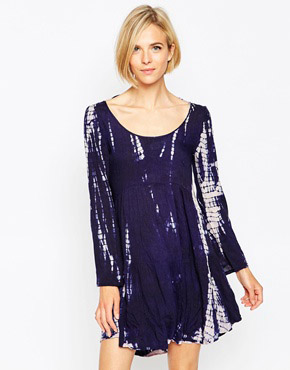 photo Tie Dye Long Sleeve Smock Dress with Open Back by Diya, color navy - Image 1