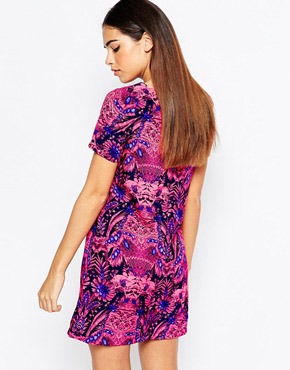 photo Printed Shift Dress by Girl in Mind, color Pink - Image 2
