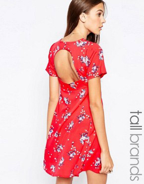 photo Tea Dress with Open Back by Influence Tall, color Red - Image 2