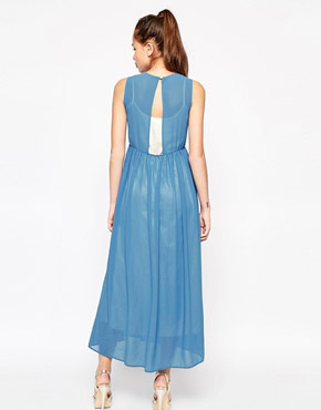 photo New Yorker Maxi Dress by Jovonna, color Blue - Image 2