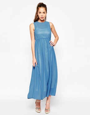 photo New Yorker Maxi Dress by Jovonna, color Blue - Image 1