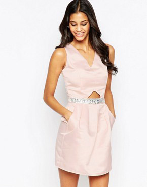 photo Dress with Waist Detail and Cut Out by Laced In Love, color Nude - Image 1