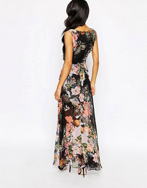 photo Printed Maxi Dress by Style London, color Black Floral - Image 2