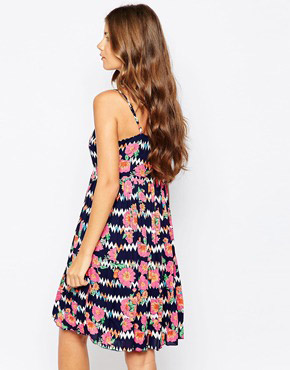 photo Floral Zig Zag Summer Dress by Sugarhill Boutique, color Navy Multi - Image 2
