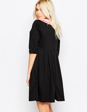 photo 3/4 Sleeve Skater Dress with Contrast Collar by The WhitePepper, color Black - Image 2