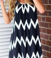 photo Bold Contrast Chevron Print Mini Dress by OASAP, color Black - Image 1
