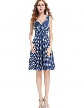 photo Elegant Polka Dot Faux Wrap Front Sleeveless Trapeze Dress by OASAP, color Blue White - Image 2