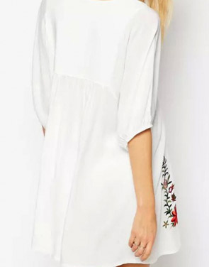 photo Embroidery Floral Loose Dress by OASAP - Image 2