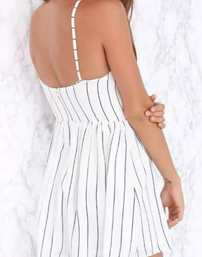photo Fashion Striped Print Sleeveless Backless Pleated Mini Dress by OASAP, color Black White - Image 2