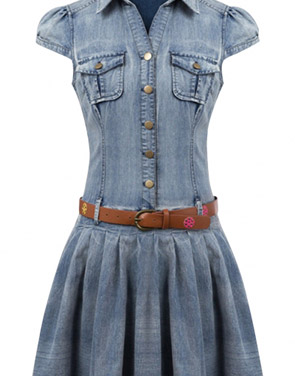 photo Flattering Solid Cap Sleeve Buttoned Denim Dress by OASAP, color Blue - Image 1