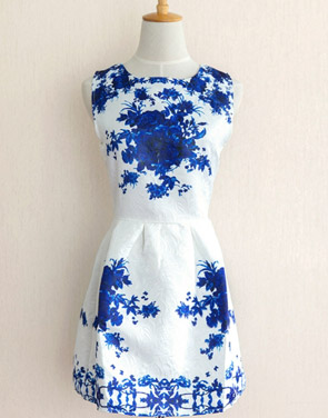 photo Floral Jacquard Sleeveless A-line Skater Dress by OASAP, color Blue - Image 1