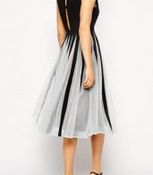photo Gorgeous Cutout Color Block Skater Dress by OASAP - Image 9