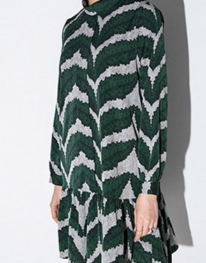 photo Sweet High Neck Long Sleeve Flounce Hem Print Dress by OASAP, color Green - Image 2