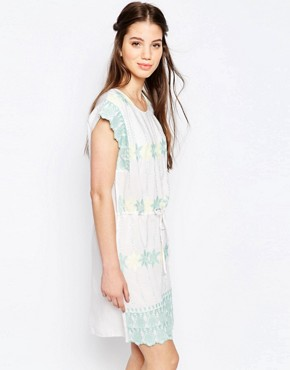 photo Pastel Embroidered Smock Dress by Hazel, color White - Image 1
