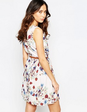 photo Belted Dress in Rose Print by Iska, color Cream - Image 2