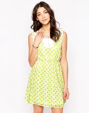 photo Palm Print Dress with Collar by Iska, color Green - Image 1
