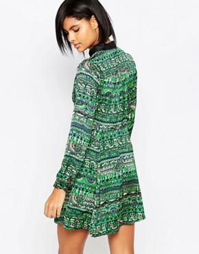 photo Printed Collared Dress by Iska, color Green - Image 2
