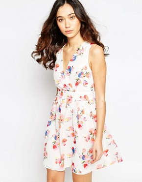 photo Wrap Front Dress in Tulip Print by Iska, color Pink - Image 1