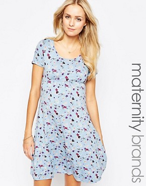 photo Jersey Short Sleeve Scoop Neck Skater Maternity Dress by Kate Thomas, color Floral - Image 1